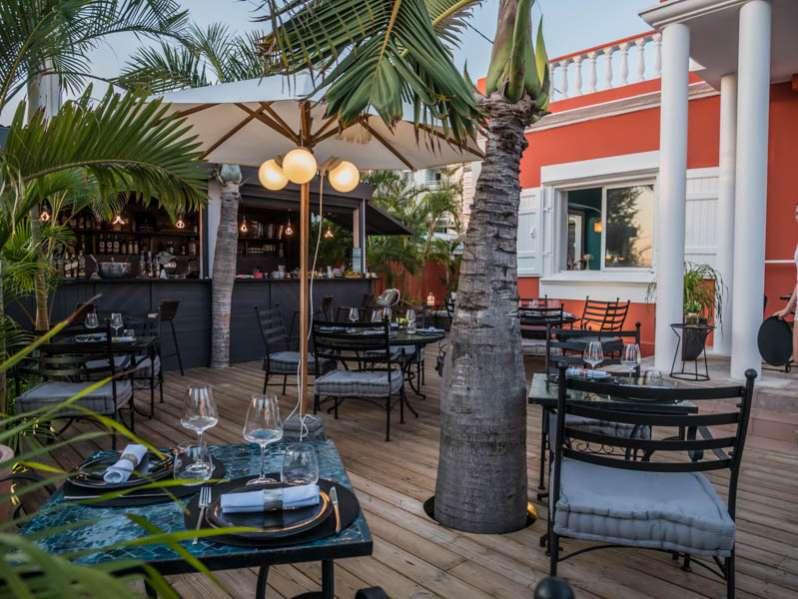 le restaurant la villa des roches à saint-gilles-les-bains 974