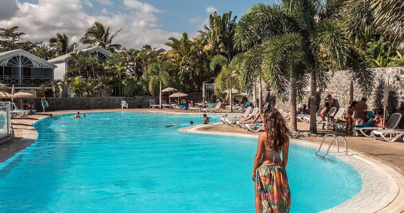 Top 3 des hôtels de saint-gilles pour une journée détente au bord de la piscine à la réunion 974