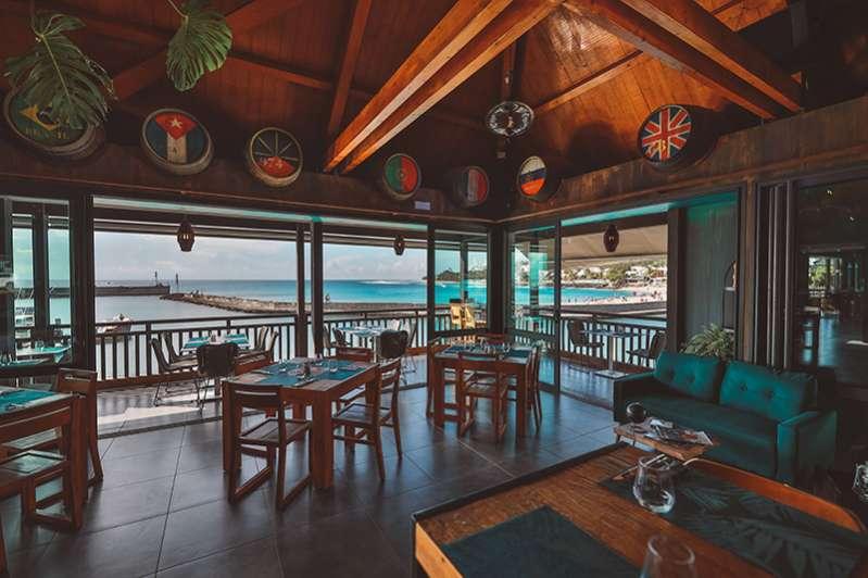 le saint-gilles : le renouveau d'un bar-restaurant bien ancré 974