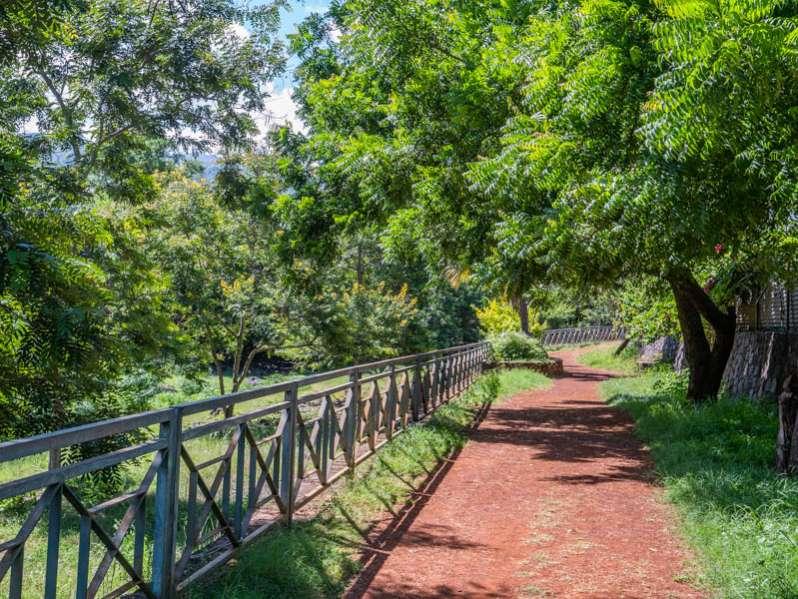 5 randonnées et balades faciles pour marcheurs débutants 974