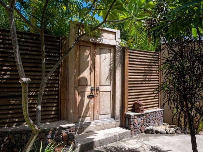 top 3 des villas les pieds dans l'eau pour vos vacances à la saline-les-bains 974