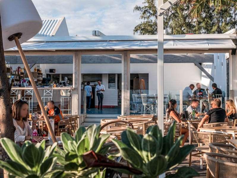 la métamorphose du restaurant la palmeraie à saint-gilles-les-bains 974