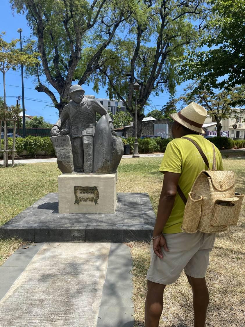 Jacob Gaze Le poilu de Mafate de La Réunion 974