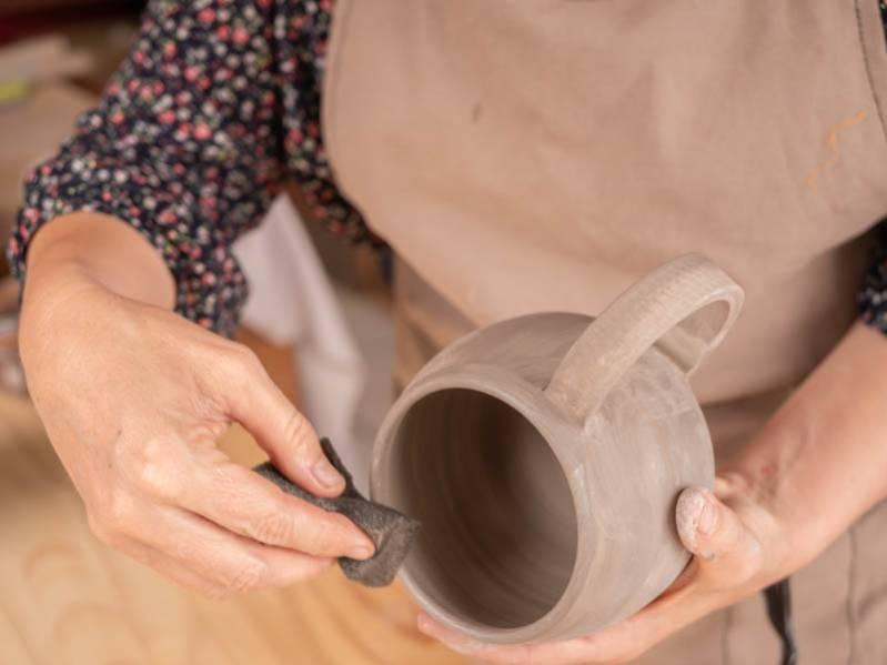 Portrait d'artisan : Laurence de l'atelier Kréa'ter, céramiste à Saint-Leu 974