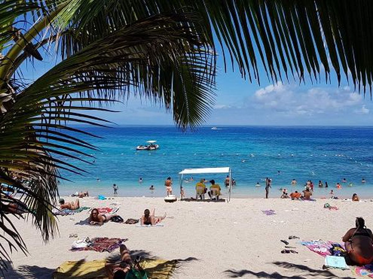 La plage de Boucan Canot sur l'?le de La R?union 974