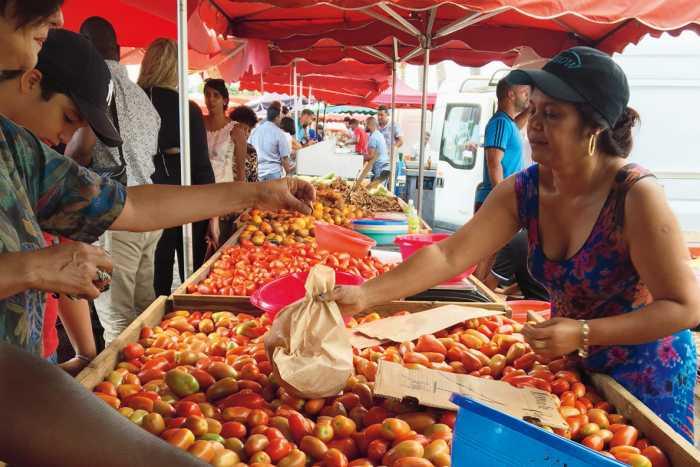 marché forain de l'ile de la Réunion 974