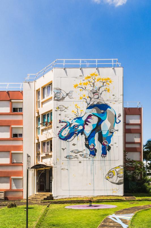 graff sur les murs de la ville du Port ile de La Réunion 974