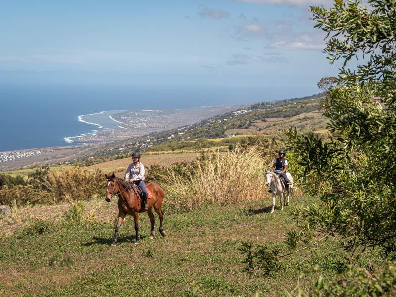 balade à cheval en famille à l'ile de La Réunion