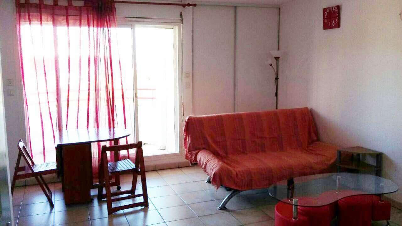 MEUBLÉ GRAND PAVOIS La Possession 974