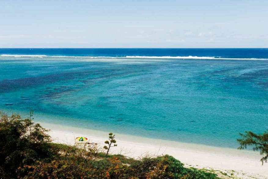 belle plage sur la cote ouest