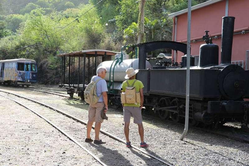 La Grande Chaloupe gare du chemin de fer à l'ile de La Réunion 974