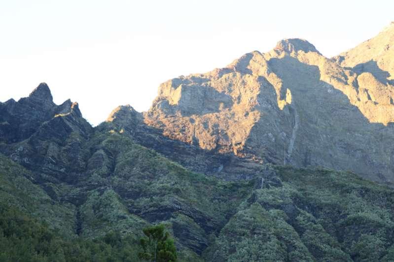 S'organiser dans Mafate à l'Ile de La Réunion 974