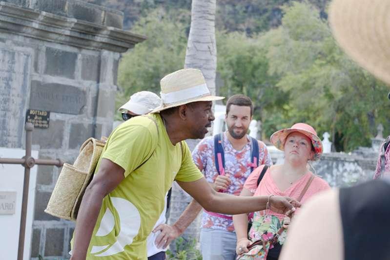 visite guidée de Saint-Paul avec Clovis, l'éclaireur de l'Ouest