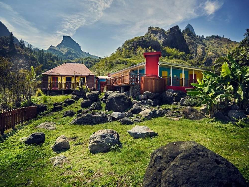 Gîte de cayenne dans le cirque de Mafate ile de La Réunion 974