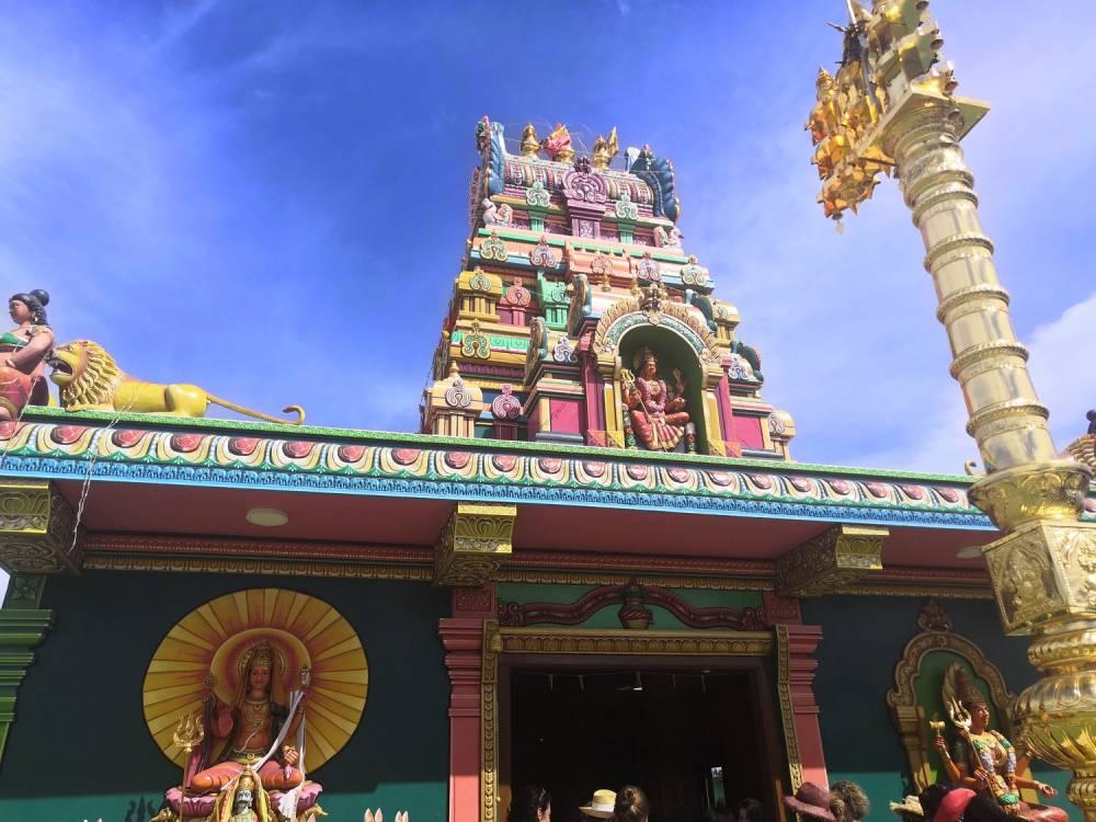 Les temples tamouls à l'Ile de La Réunion 974