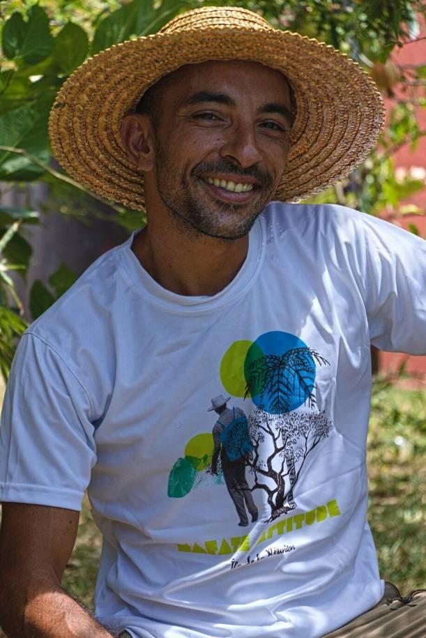 T-Shirt ENGAGÉ : respirant, technique Homme MAFATE ATTITUDE - Blanc