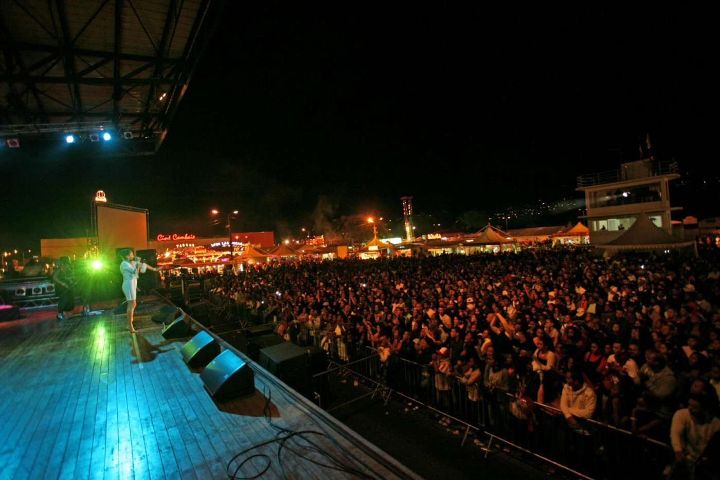 concert à Expobat à Saint-Paul, concert en plein air ile de La Réunion