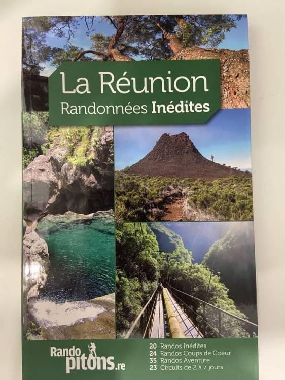 page de couverture du guide La Réunion randonnées inédites