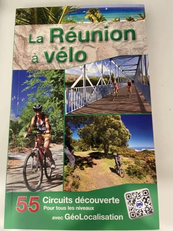 page de couverture du guide La Réunion à vélo
