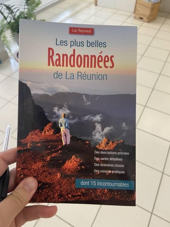 page de couverture du Guide des plus belles randonnées de La Réunion