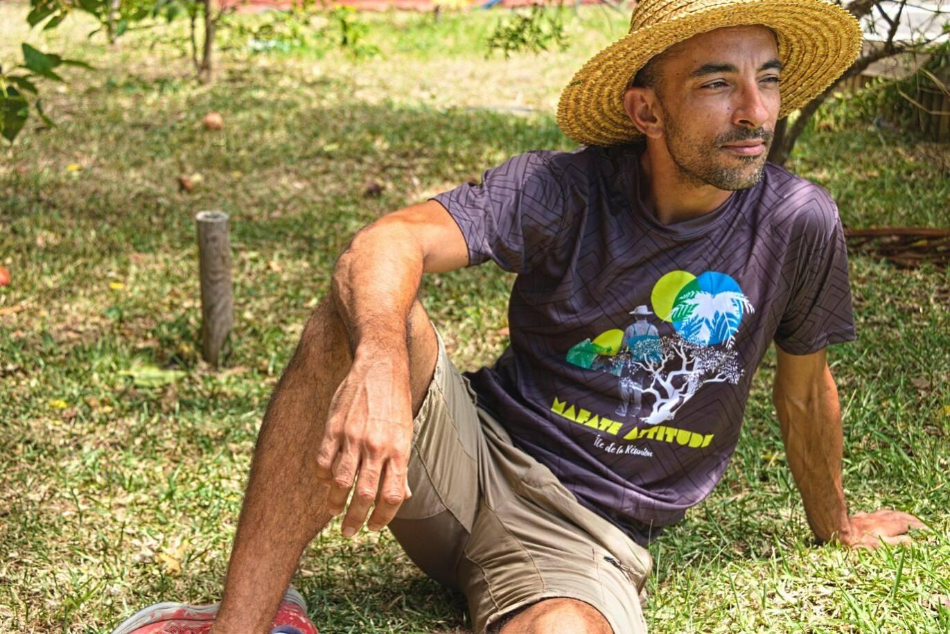 T-Shirt ENGAGÉ : respirant, technique Homme Mafate Attitude - Gris foncé
