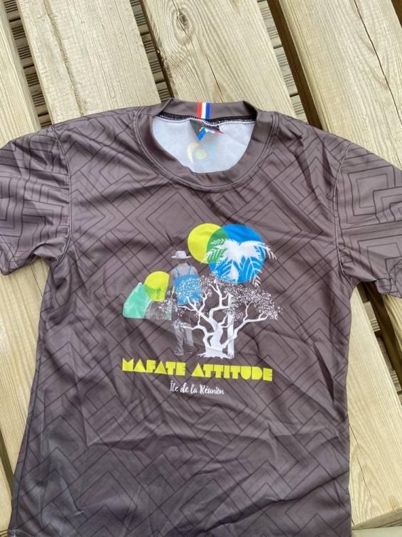 T-Shirt ENGAGÉ : respirant, technique Enfant Mafate Attitude - Gris foncé