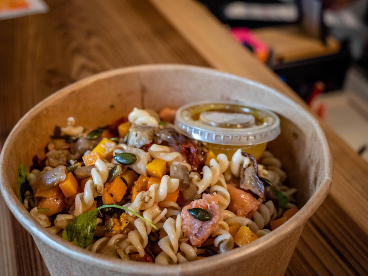 NAMAE FAST FOOD HEALTHY REUNION 974
