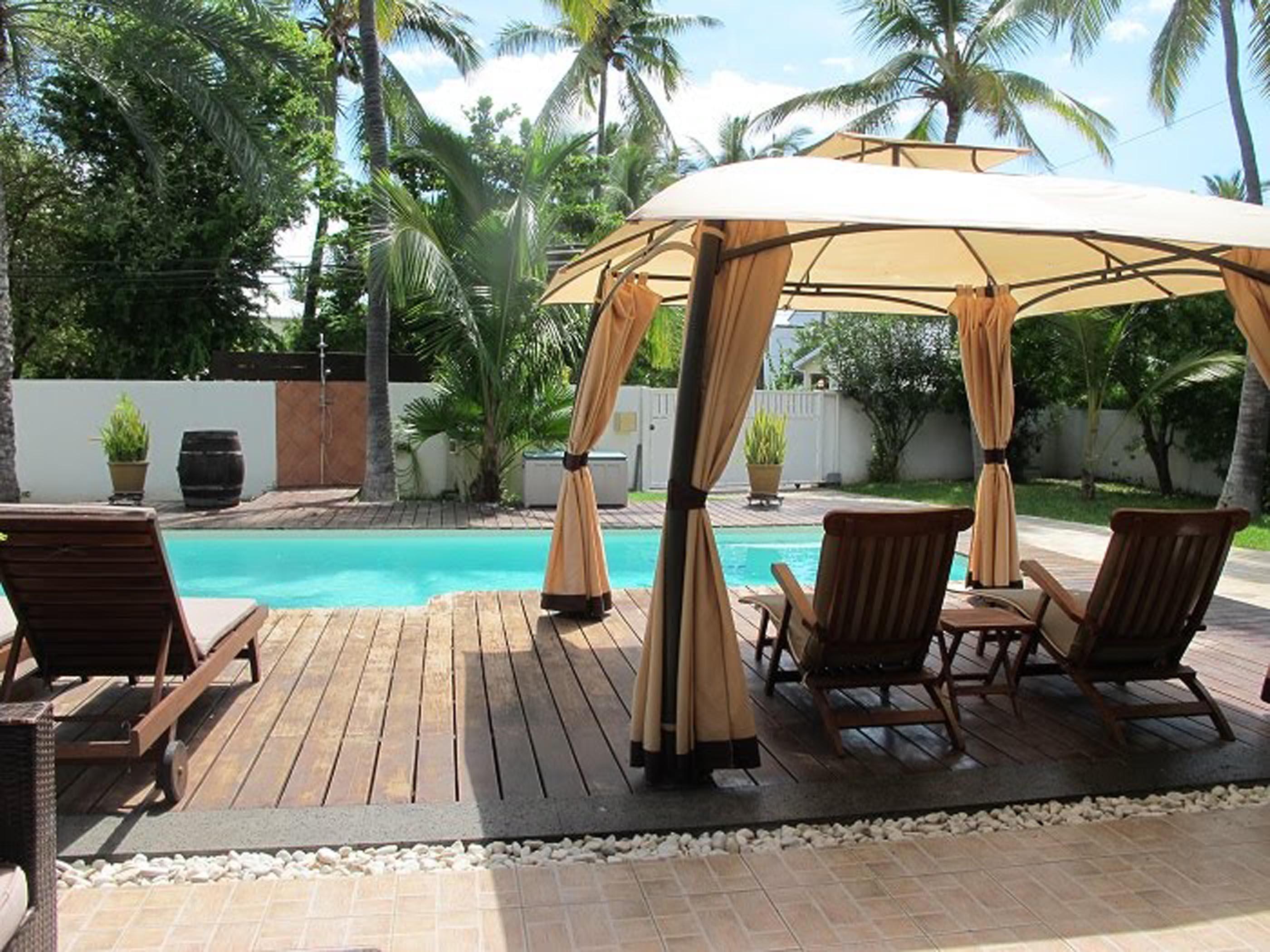 location villa les cocotiers du lagon