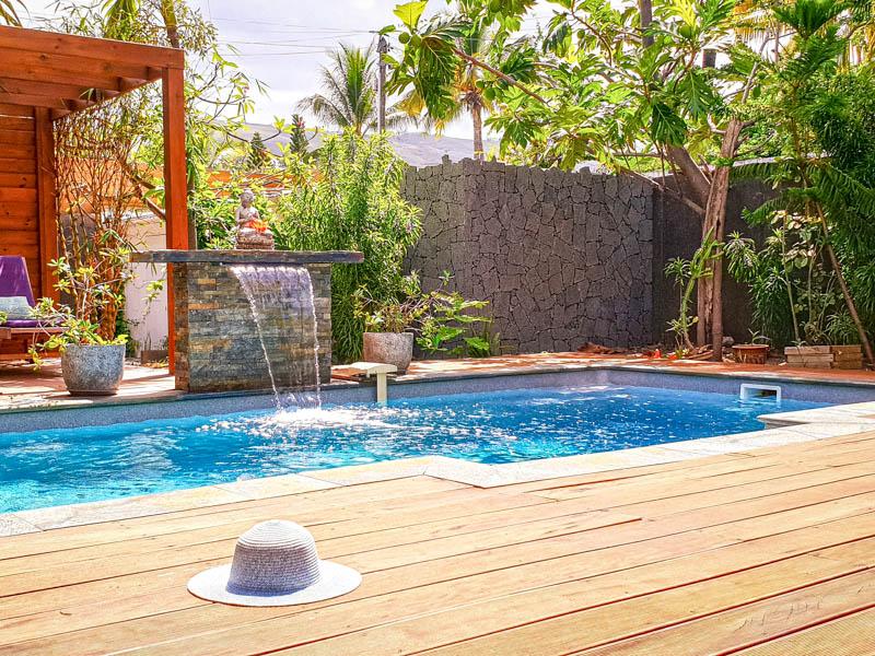 location d'une villa pieds dans l'eau la villa kadal � la saline-les-bains