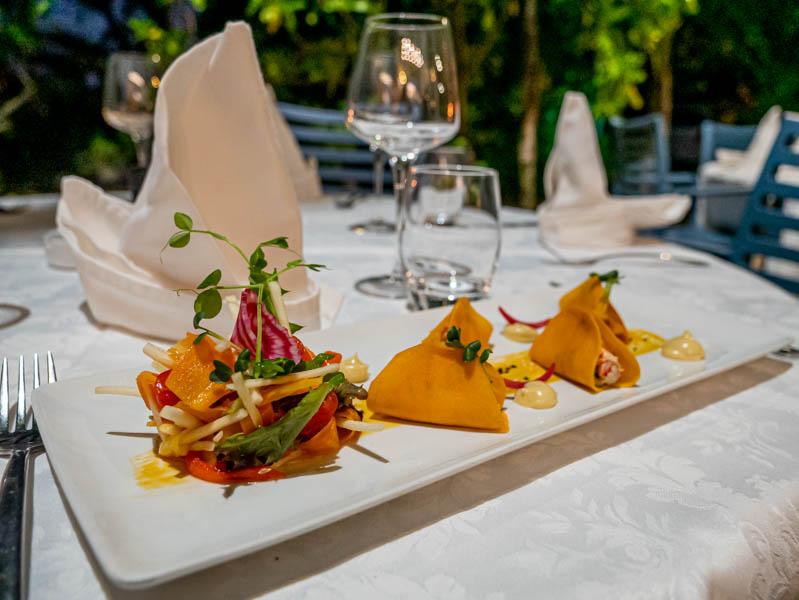 plat servi au restaurant Planch'Aliz�e � l'ile de La R�union 974